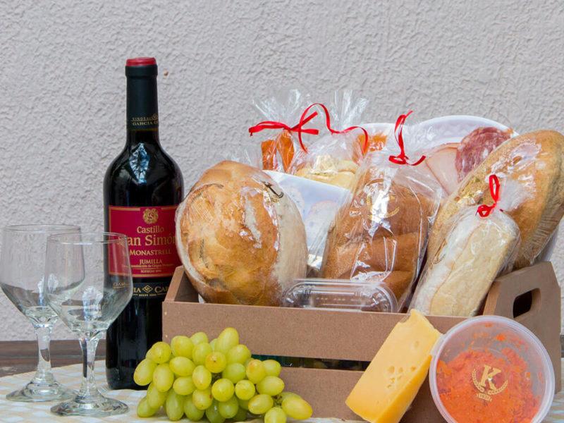 cesta-queijos-vinhos-1